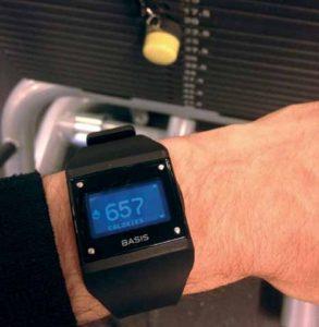 BASIS armbåndet, som kan fortælle om stort set alt lige fra dine bevægelser og din søvn til dit svedniveau.
